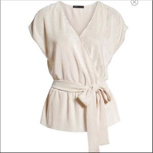 Gibson Glam NWT Winter White Faux Wrap Tie Top PS